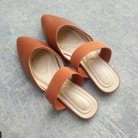 Closed Toe Sandals Flat Heel Casual Shoes For Womens