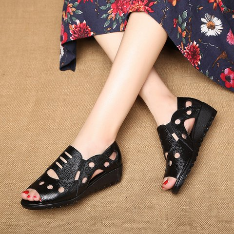 Casual Flat Heel Hollow-Out Peep Toe Sandals