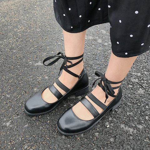 Round Toe Lace-Up Flat Sandals Women