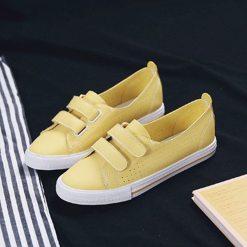 Women Casual PU Magic Tape Flat Heel Sneakers