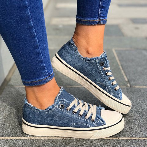 Round Toe Lace Up Flat Heel Casual Women Sneakers