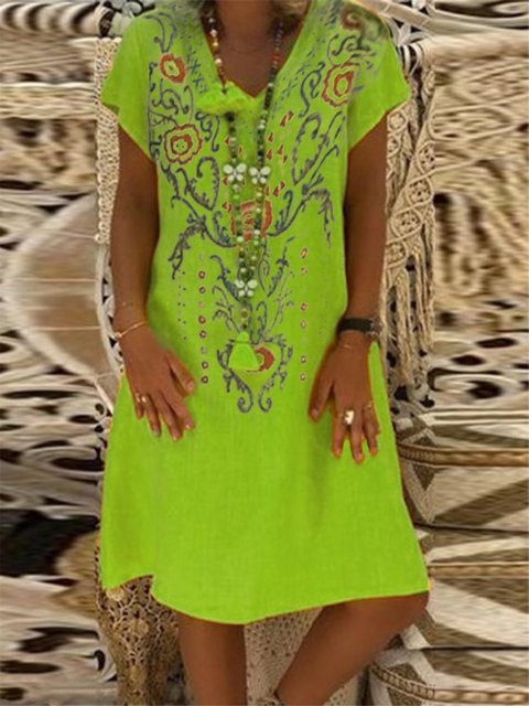 Holiday Floral Printed V-neck Short Sleeve Plus Size Dress