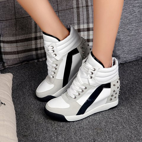 Lace-Up Wedge Heel Round Toe Casual Women Boots
