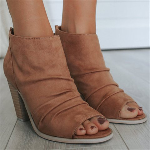 Plus Size Peep Toe Suede Chunky Heel Sandals Booties