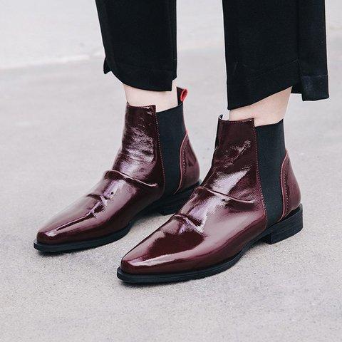 Stylish Genuine Leather Round Toe Chelsea Boots