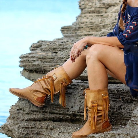 Brown Tassel Daily Boots