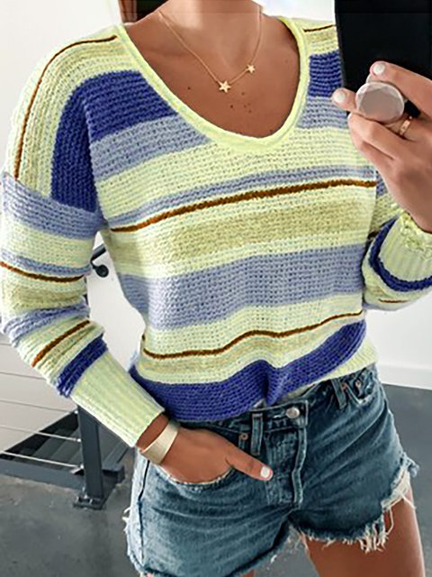 Round Neck Striped Basic Sweaters