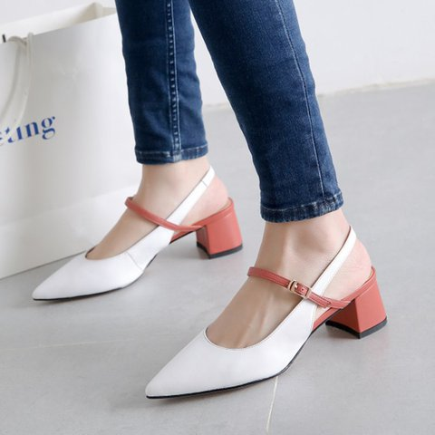 Date Pointed Toe Chunky Heel Buckle Pumps