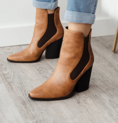 Plus Size Leather Chunky Heel Ankle Booties