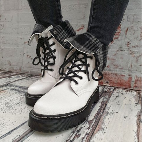 White Lace-Up Flat Heel Spring/fall Boots