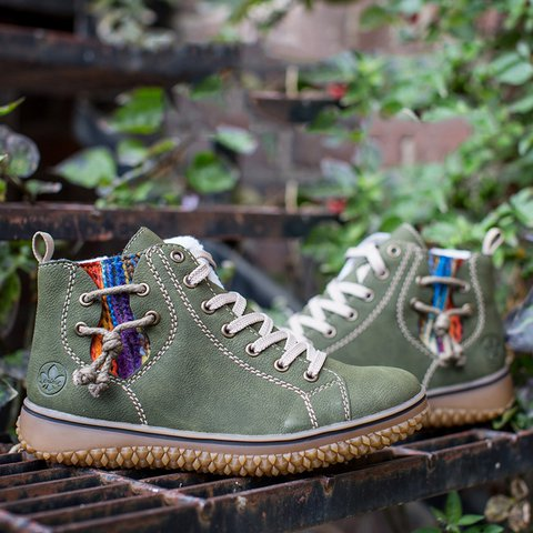 Women's zipper plus velvet casual boots