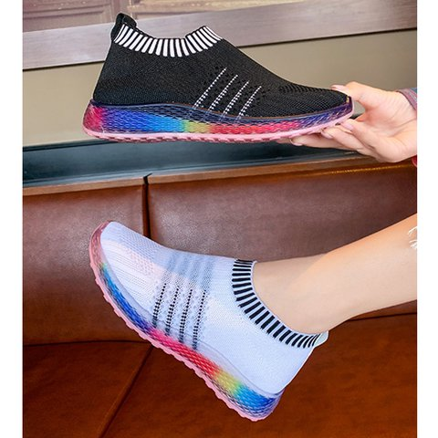 Women Color Block Flat Heel Flyknit Fabric Sneakers