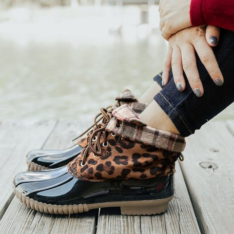 Waterproof Winter Snow Plus Size Waterproof Lace Up Duck Boots Outdoor Ankle Booties