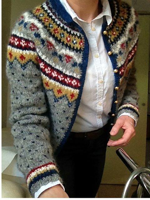 Vintage Round Neck Shift Floral Sweater