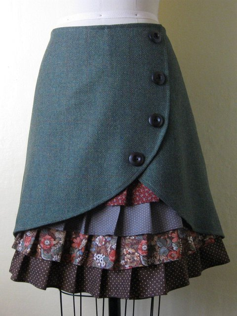 Vintage Floral Winter Ruffle Front Skirts