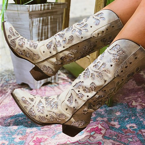 Beige Chunky Heel Winter Sparkling Glitter Boots