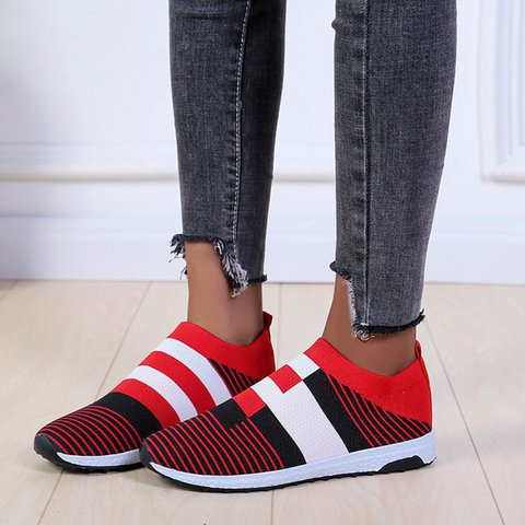 Color Block Mesh All Season Sneakers Womens Plus Size Shoes