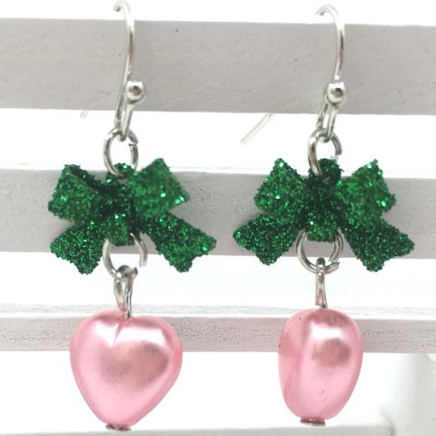 Vintage Girly Pink Love Hollow Heart Earrings