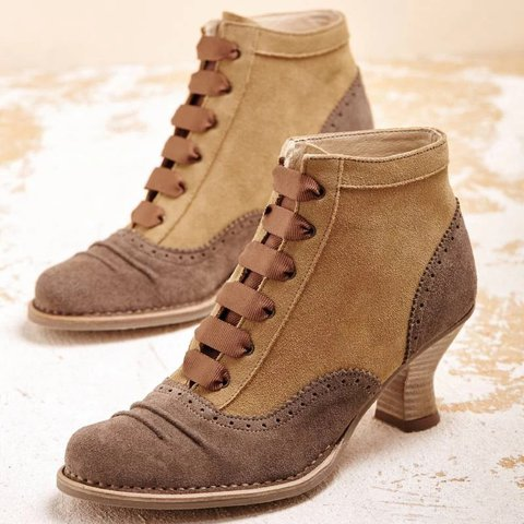 Womens Vintage Spool Heel Lace-Up Artificial Suede Boots