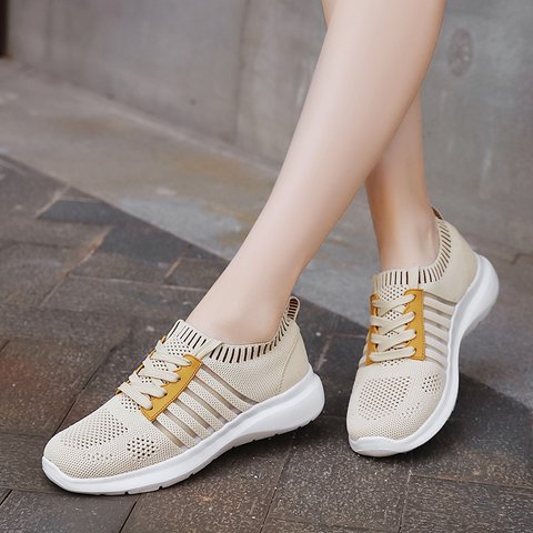 Women's All Season Mesh Lace-Up Outdoor Sneakers