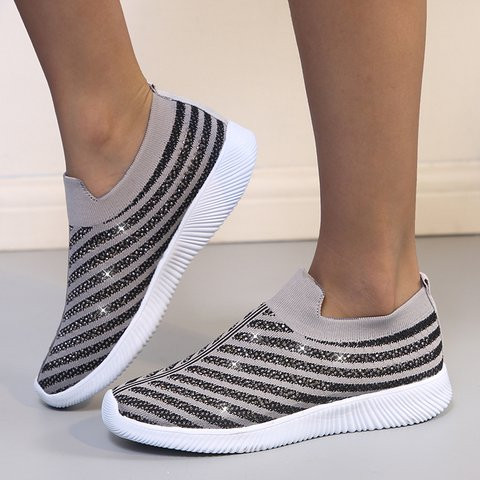 Rhinestone Flat Heel Slip-On Sneakers Mesh Crystal Shoes