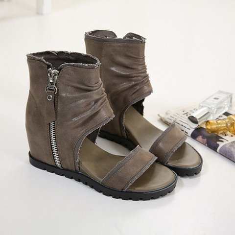 Pi Clue Wedge Heel Sandals