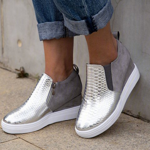 Round Toe Block Daily Sneakers