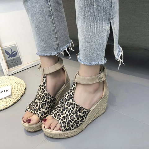 Pi Clue Wedge Heel Casual Summer Sandals