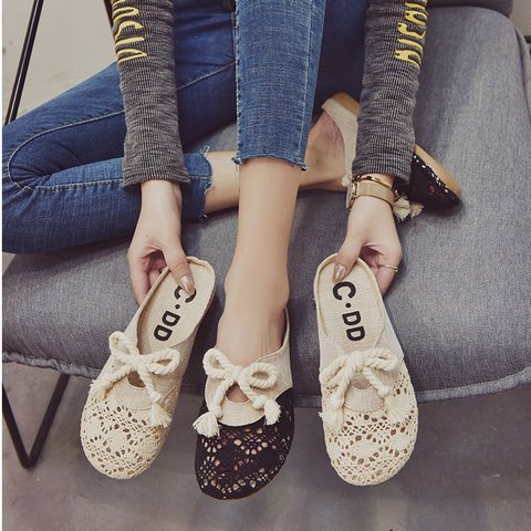 Artificial Leather Embroidery Flat Heel Flats