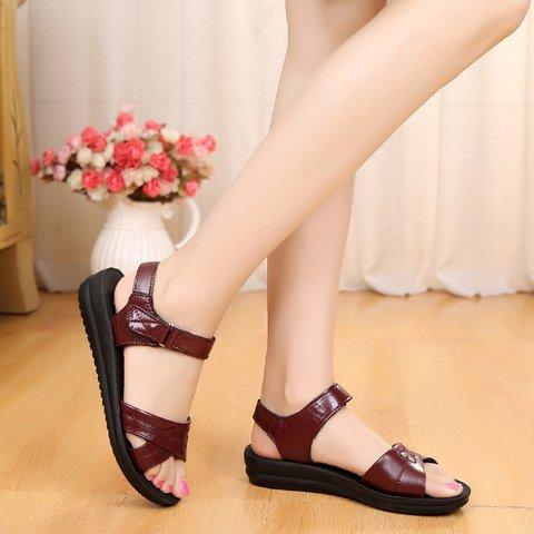 Pi Clue Low Heel Casual Sandals