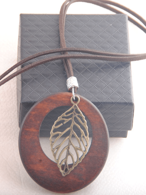 Vintage Wood Necklace