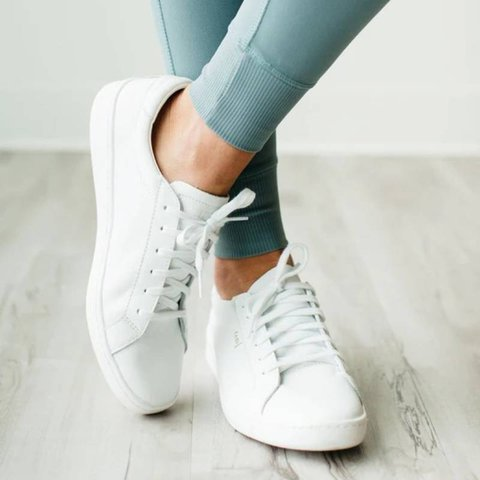Women Daily Lace up White Sneakers