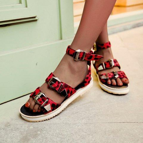 Retro Leopard Buckle Platform Sandals