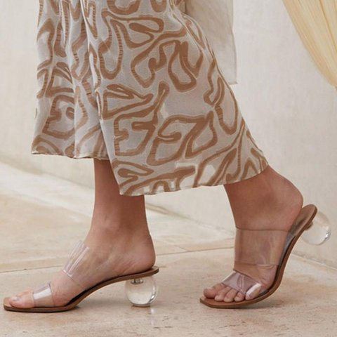 Apricot Beach Open Toe Chunky Heel Slippers