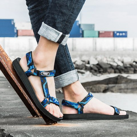Flatform Universal Teva Sandals