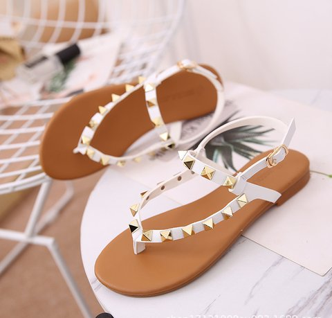 Pi Clue White Rivet Flat Heel Artificial Leather Sandals