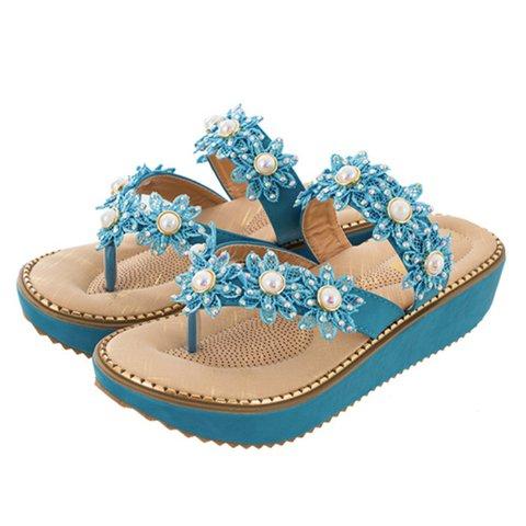 The beach gorgeous water diamond flowers flat bottom sandals