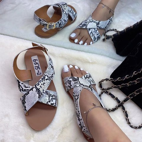 Pi Clue Flat Heel Artificial Leather Daily Summer Sandals