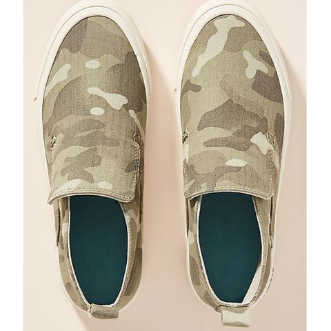 Camouflage Daily All Season Flat Heel Canvas Sneakers