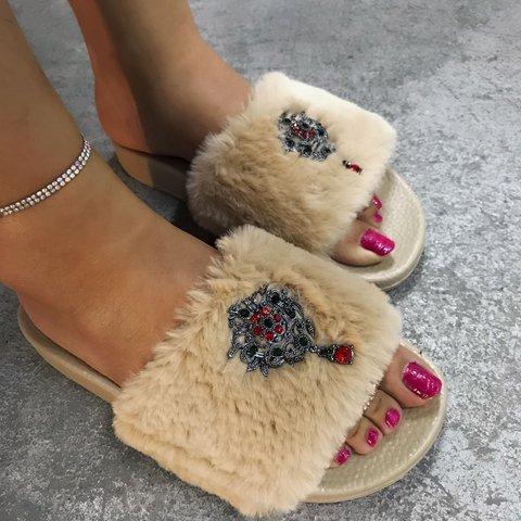 Women Comfy Slip-on Fur Slipper