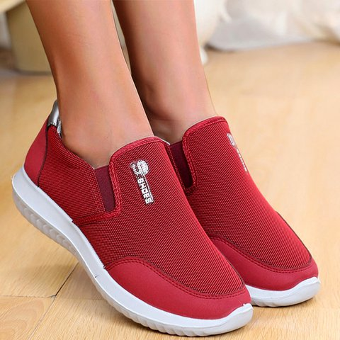 Non-slip Flat Heel Slip-On Plus Size Sneakers Comfy Sport Shoes