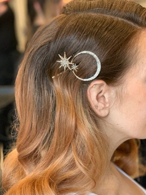 Women Vantage Hair Clips