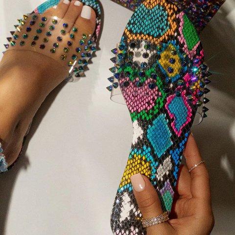 Rivet Transparent Summer Flat Heel Pu Jelly Slippers