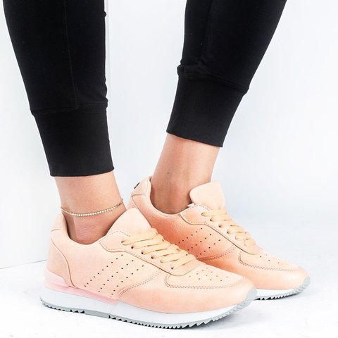 Trendy On the Go Lace Up Sneakers