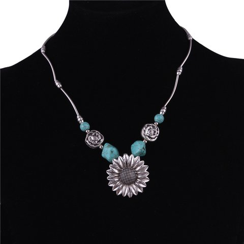 Green Vintage Turquoise Necklaces