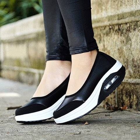 Fly-Woven Fabric Solid Daily Sneakers