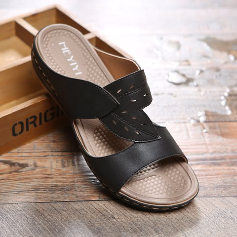 Women Comfy Breathable Leather Slipper