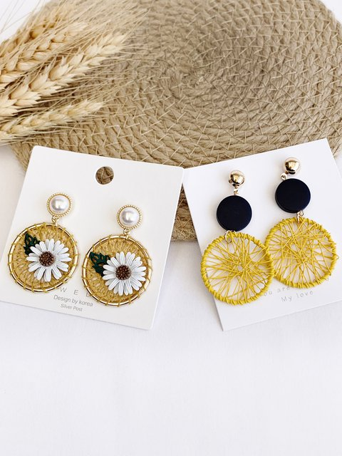 Daisy sunflower braided earrings