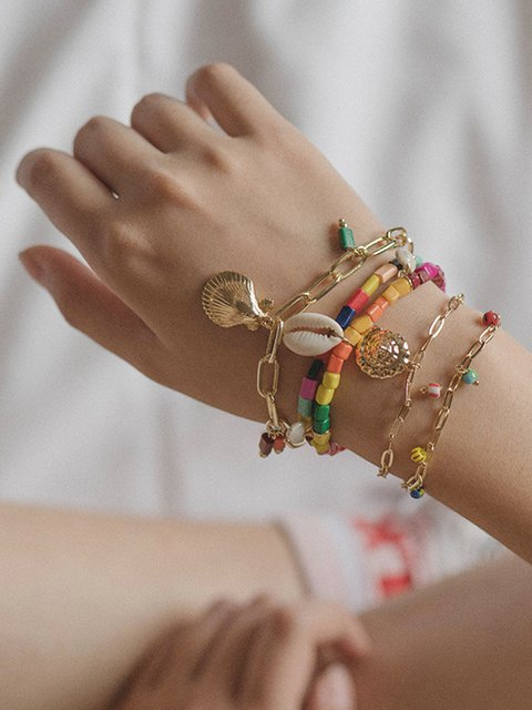 Women Alloy the Combination of Freestyle Drop Shell Bracelets