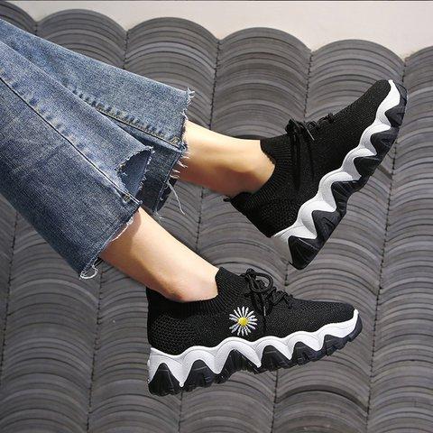 Sports Low Heel Fabric Sneakers